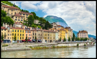 Grenoble-Study-Abroad-Programs-French-Intensive-Language